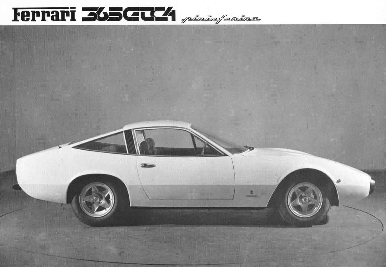 Side view press photo from Ferrari Sales Brochure 55/71
